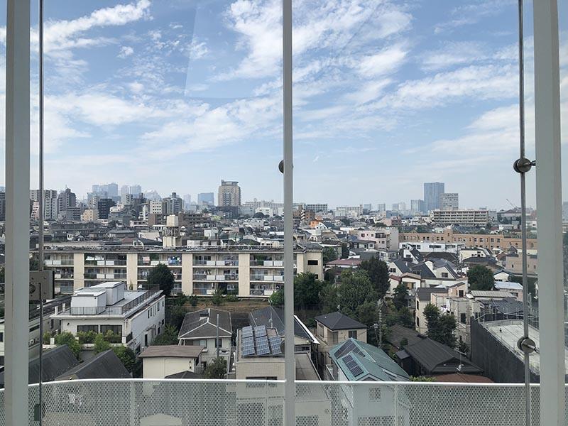 草間彌生美術館頂樓眺望東京