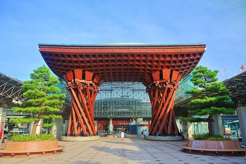 「金澤站」東口