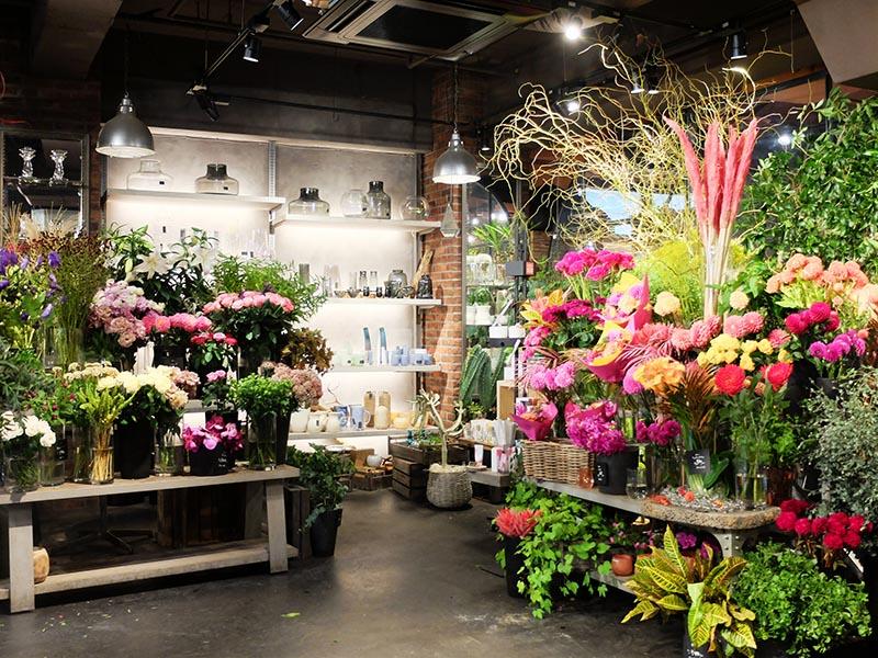Aoyama Flower Market TEA HOUSE南青山本店花店