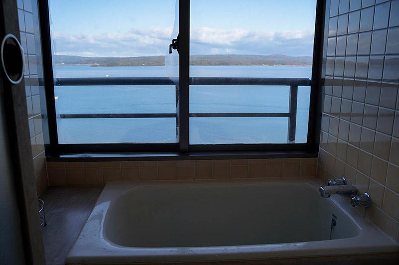 加賀屋房間內海景浴缸