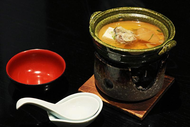 萬翠樓味噌豆腐鍋