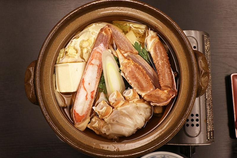 三朝館晚餐的螃蟹小火鍋