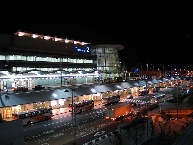 夜晚的羽田機場
