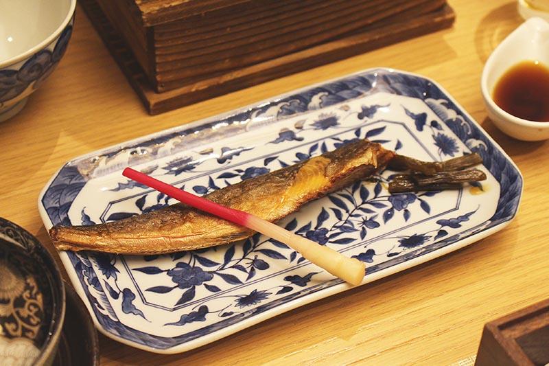 山翠樓的早餐烤魚