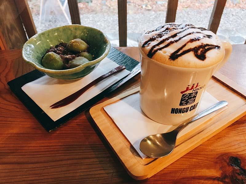 本宮咖啡的草糰子與熱栗子拿鐵