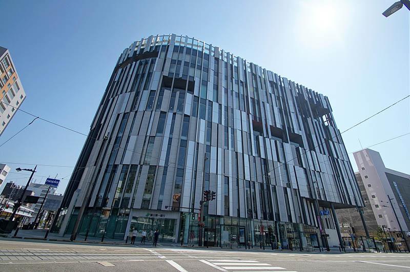 富山市玻璃美術館