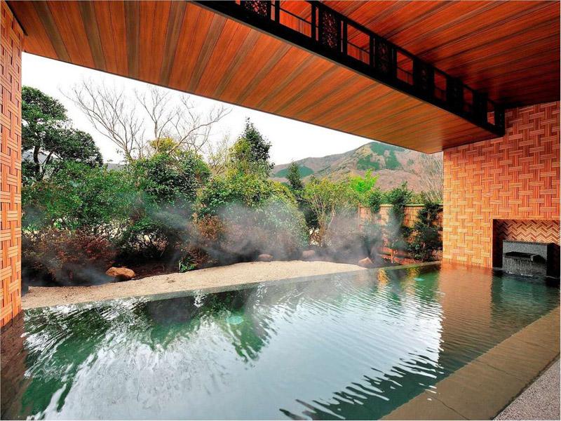 仙石原王子大飯店的露天浴池
