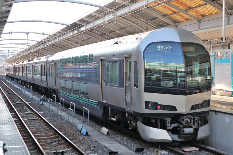 高松站快速Marine Liner號
