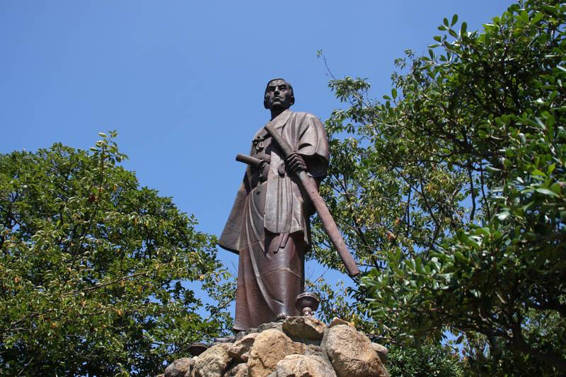 高杉晉作銅像