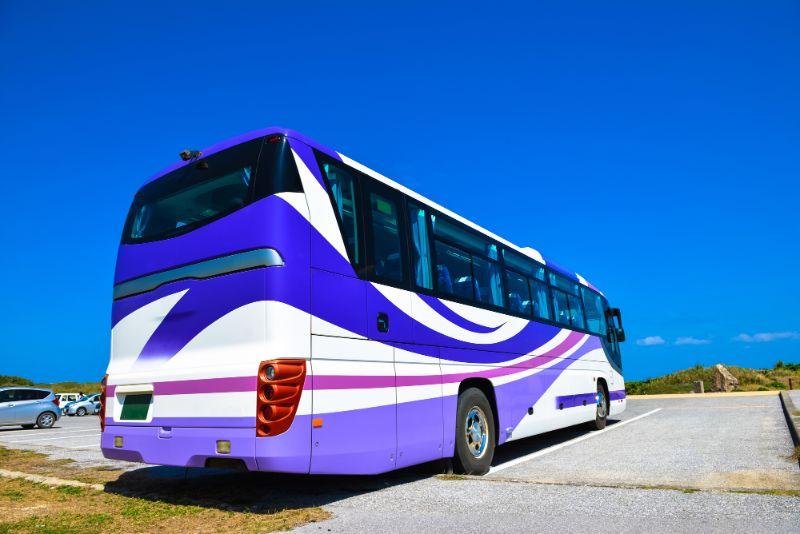 沖繩旅遊團巴士