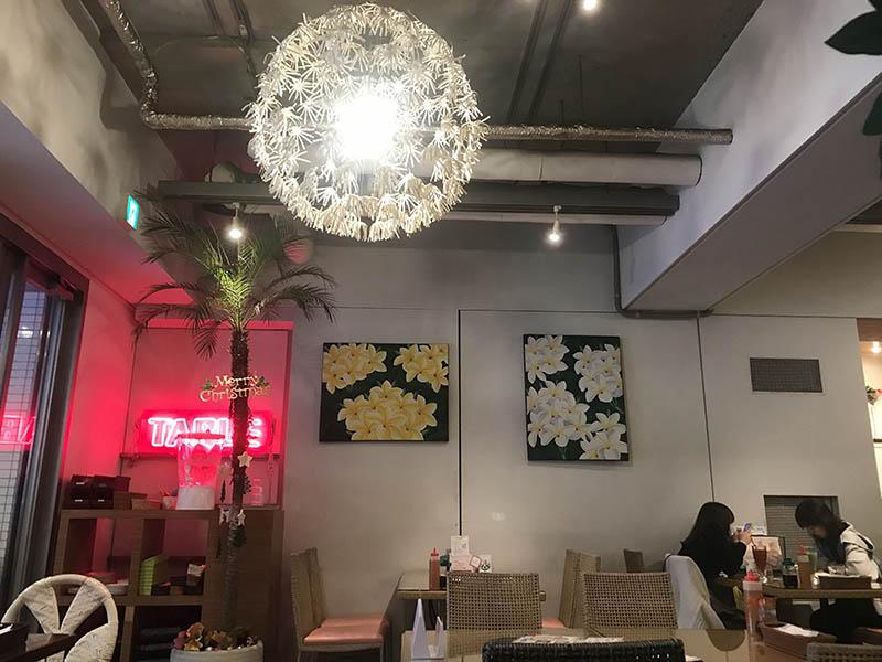 Hona Cafe店內
