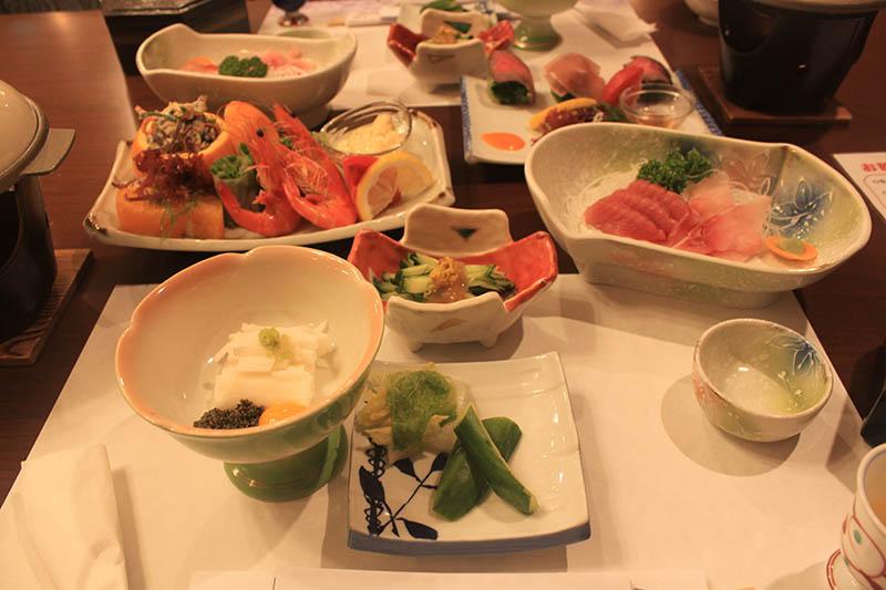 銀山溫泉昭和館晚餐