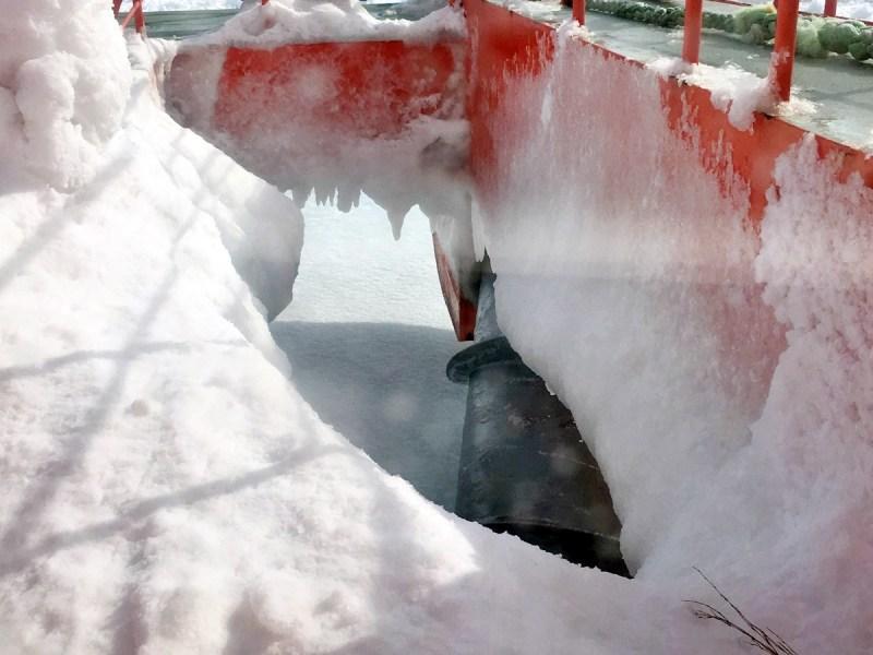大型螺旋鑽旋轉輾碎流冰