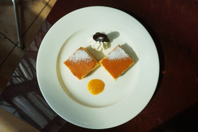 國立新美術館二樓咖啡店Salon de Thé ROND的套餐甜點