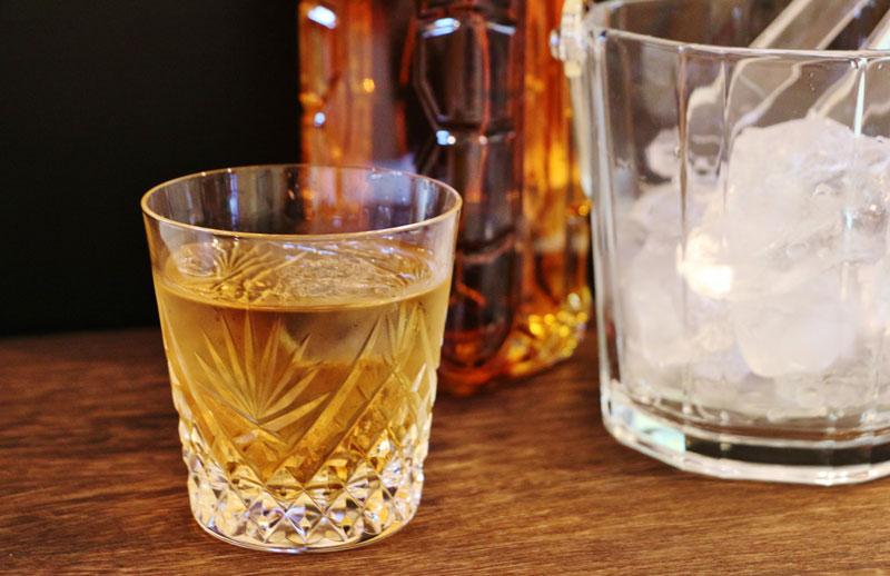 美酒威士忌
