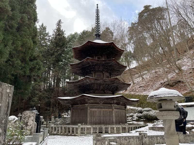 常樂寺的國寶八角三重塔