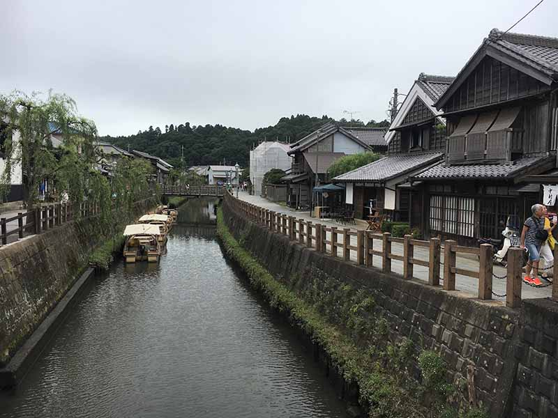 小野川河畔