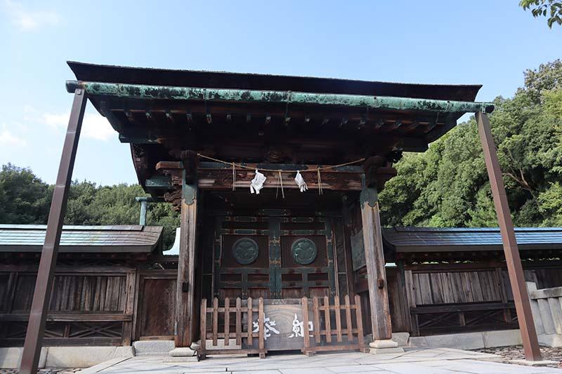 屋島神社神門口