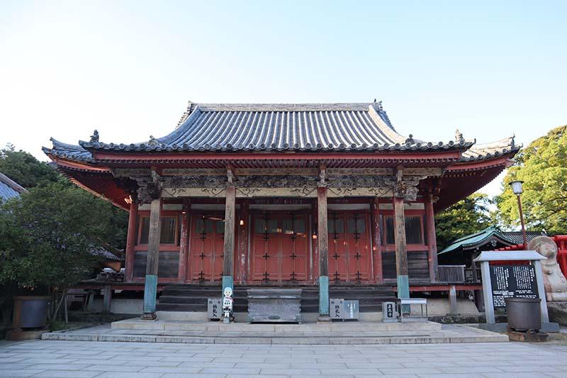 屋島寺本殿