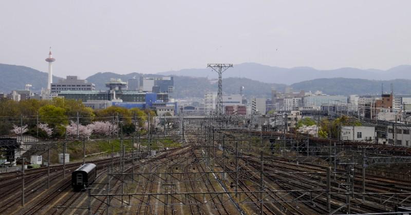 京都塔與京都站