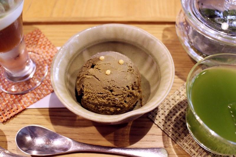 焙茶冰淇淋