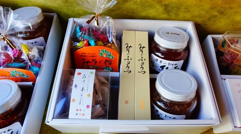 みすず飴本舗飯島商店(MISUZU糖飯島商店)的綜合禮盒