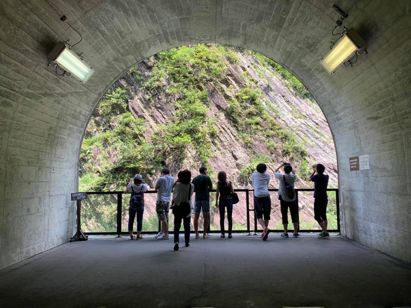 Tunnel of Light觀景台