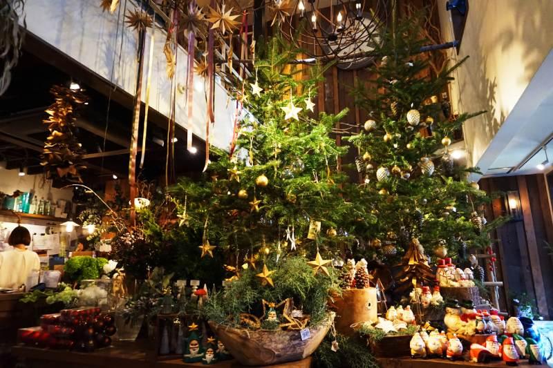 樹屋咖啡Les Grands Arbres一樓的花店Fleur Universelle