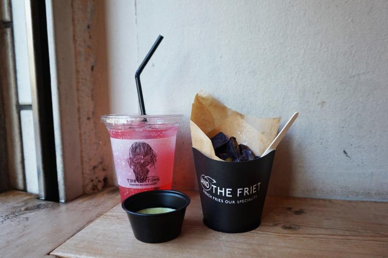 AND THE FRIET的莓果蘇打和北海道產薯條