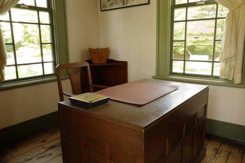 舊弘前市立圖書館館長室