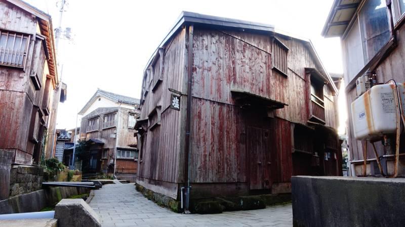 宿根木街景與建築物