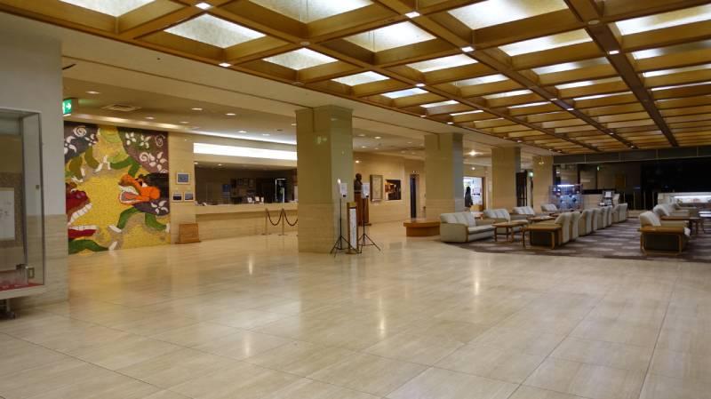 國際佐渡觀光HOTEL八幡館大廳