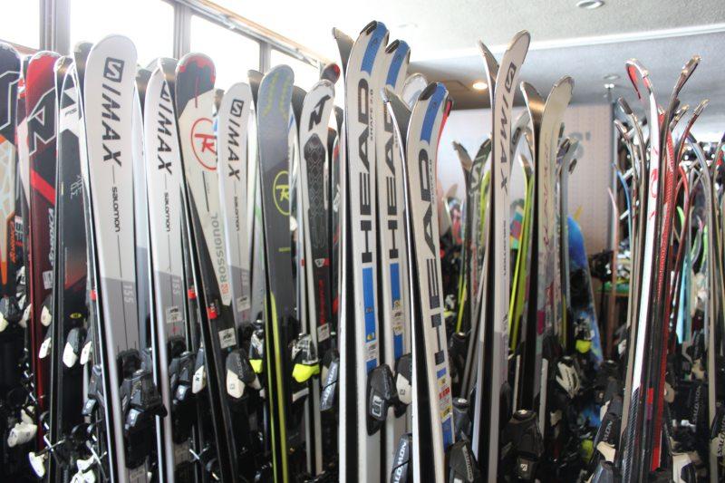 萬座王子大飯店內的滑雪用具租借處