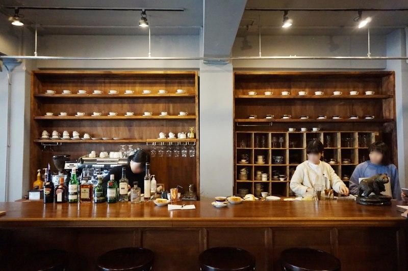 藏前咖啡店喫茶半月的櫃台