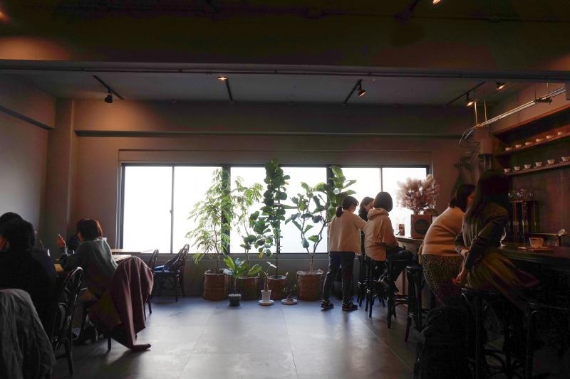 藏前咖啡店喫茶半月的店內座位