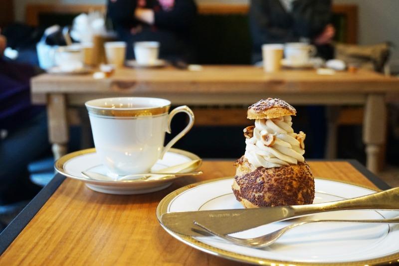 藏前咖啡店喫茶半月的咖啡及季節限定泡芙