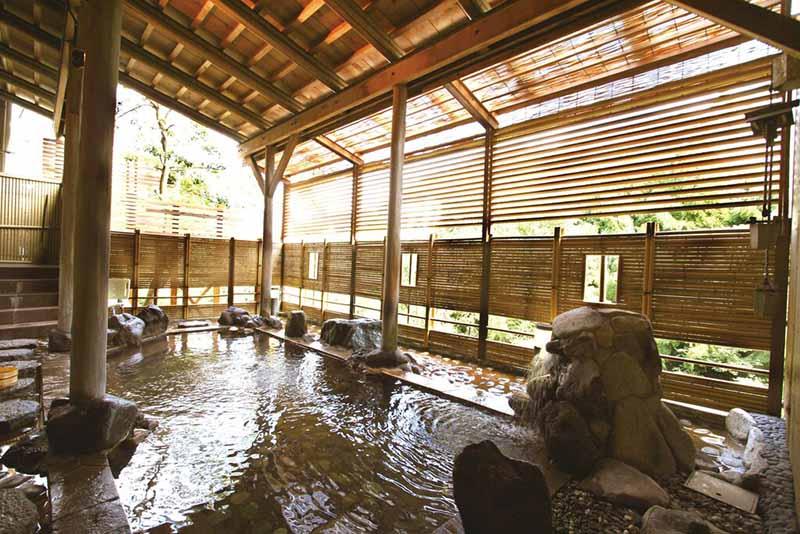 「山中溫泉 花・彩朝樂(女性專用旅館)」浴池