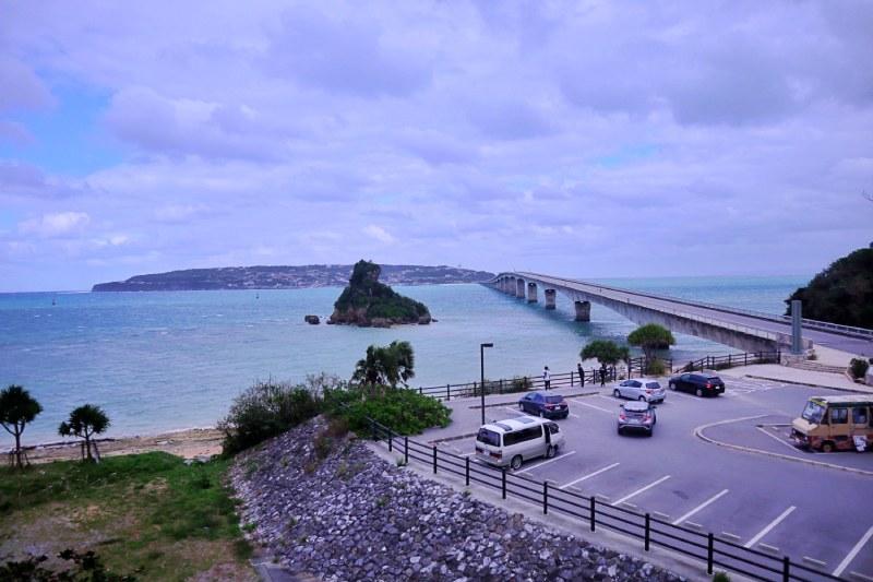 展望台風景的古宇利大橋與古宇利島