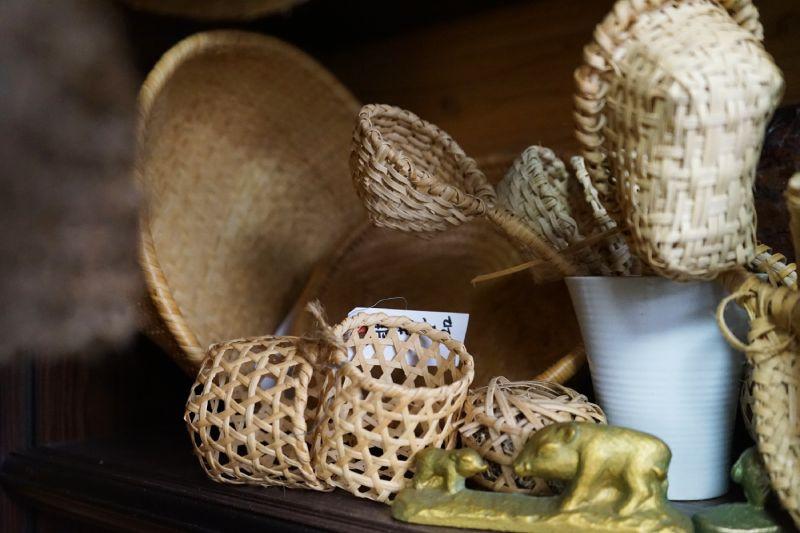 藤蔓編織籐籃雜貨