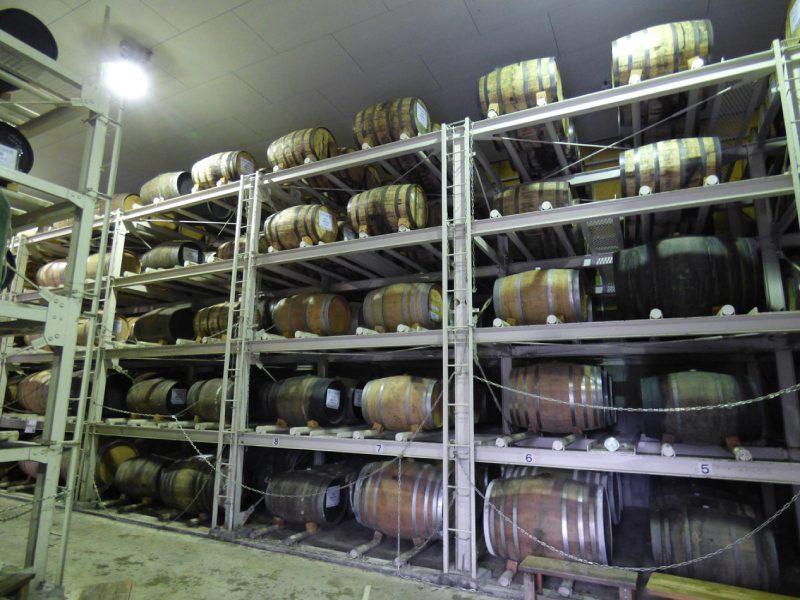 MARS信州蒸溜所的釀酒桶