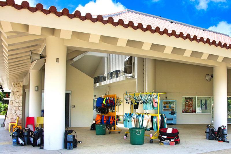 沖繩潛水器材與店家